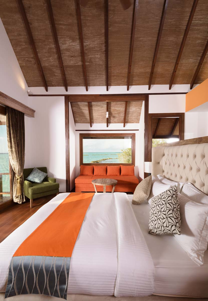 Dhigifaru Island Resort yourescape (32)