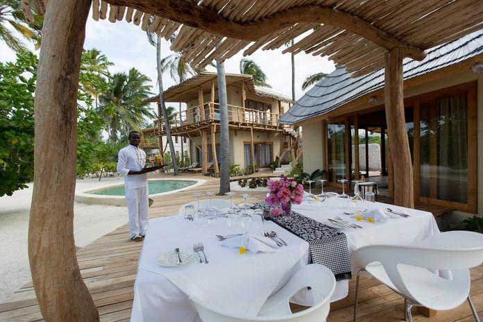 outdoor_villa_diningjpg