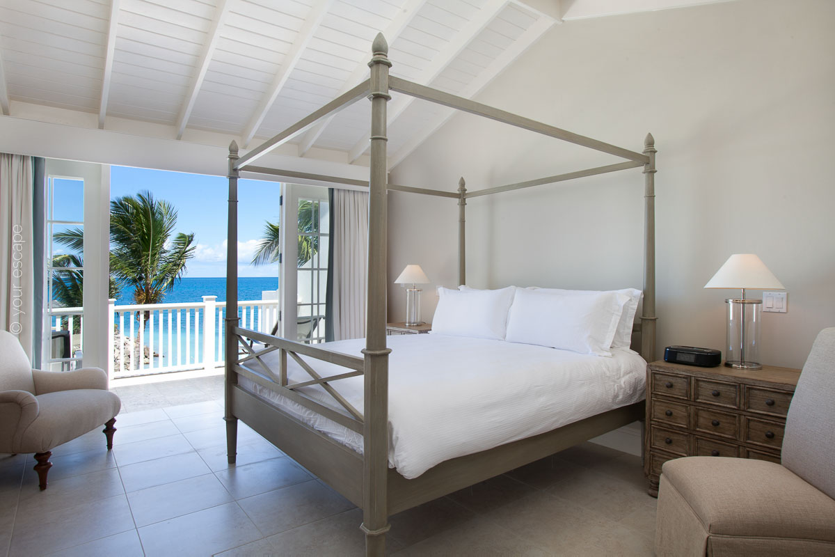 Blue Waters_Pelican_House_bedroom-your escape