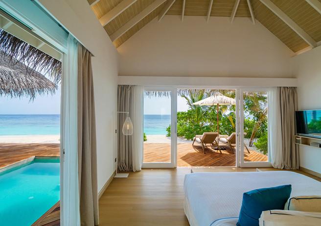 03_baglioni_resort_maldives_pool_suite_b