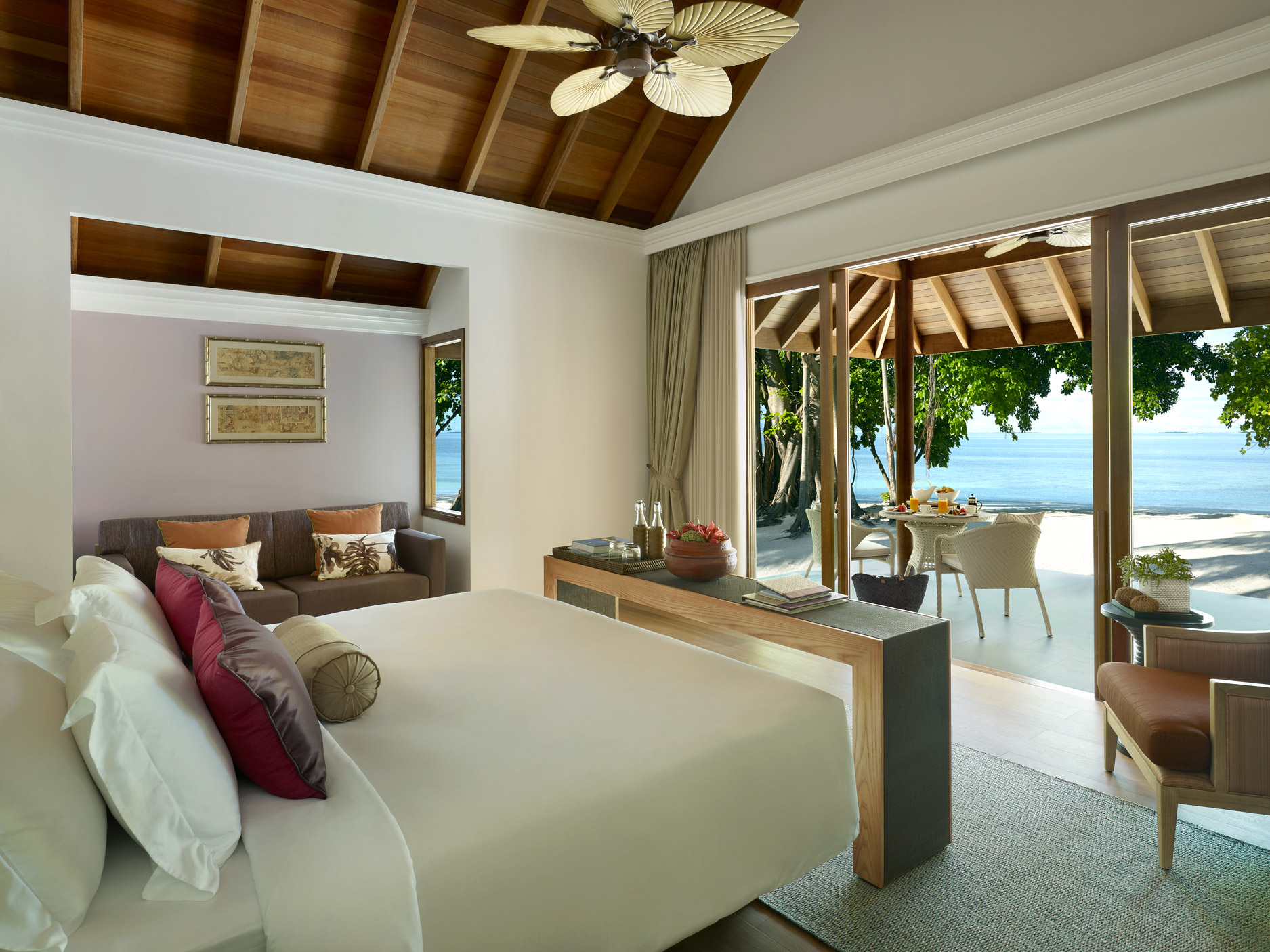 Beach_Villa_photoLarge