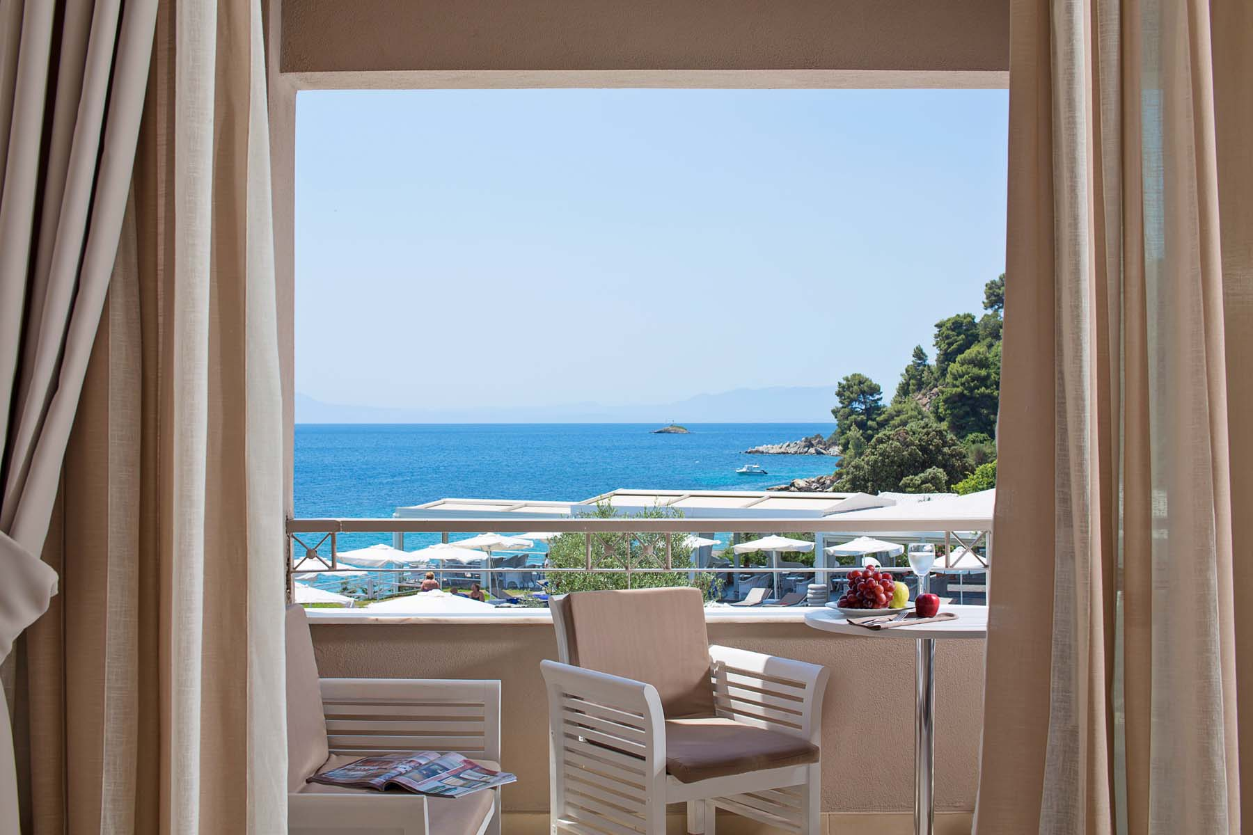Kassandra Bay Suites Skiathos Your Escape (1)
