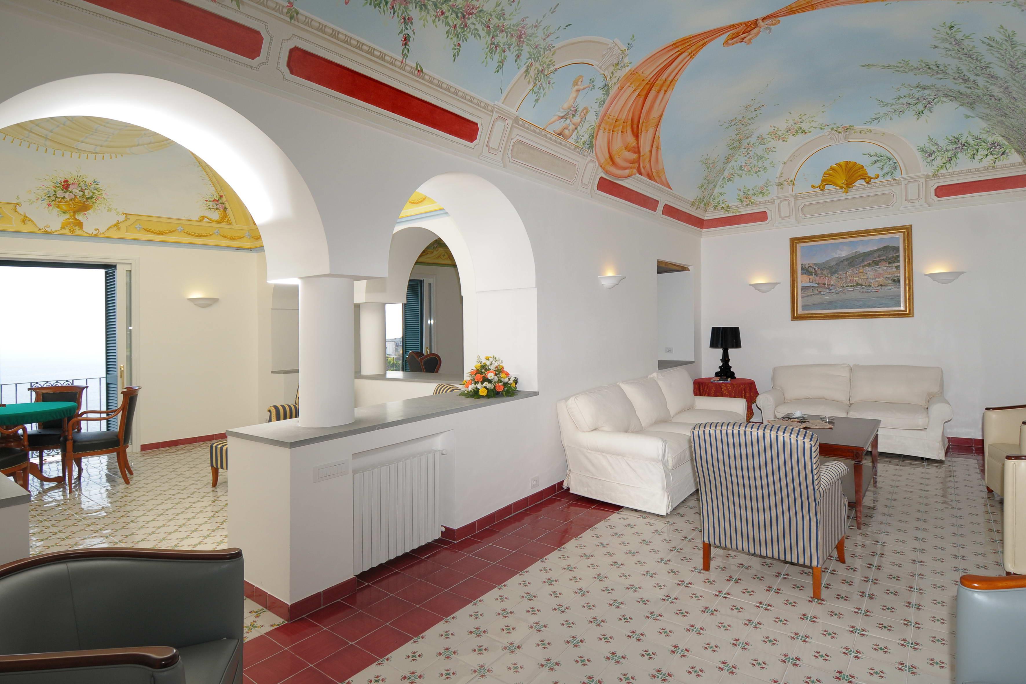 Villa Luna Amalfi_(24).jpg