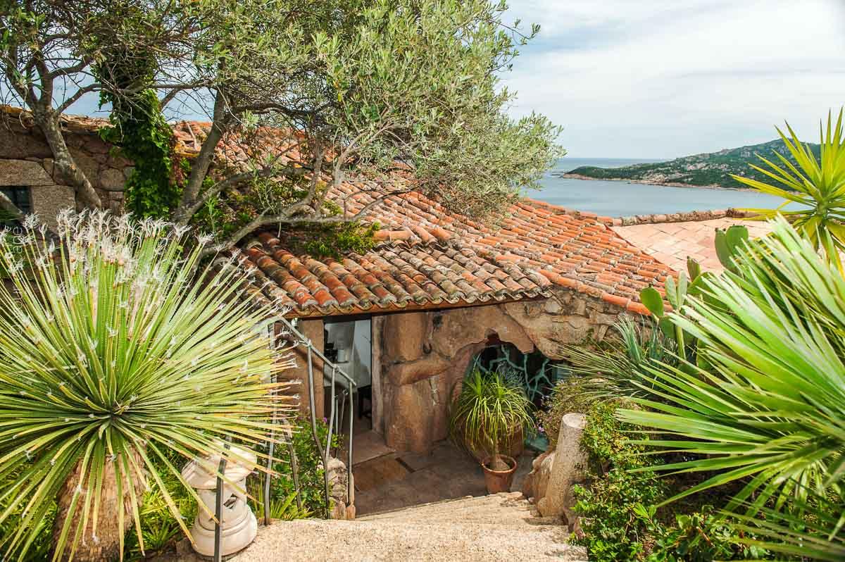 Pinky Villa Sardinia Italy yourescape-11