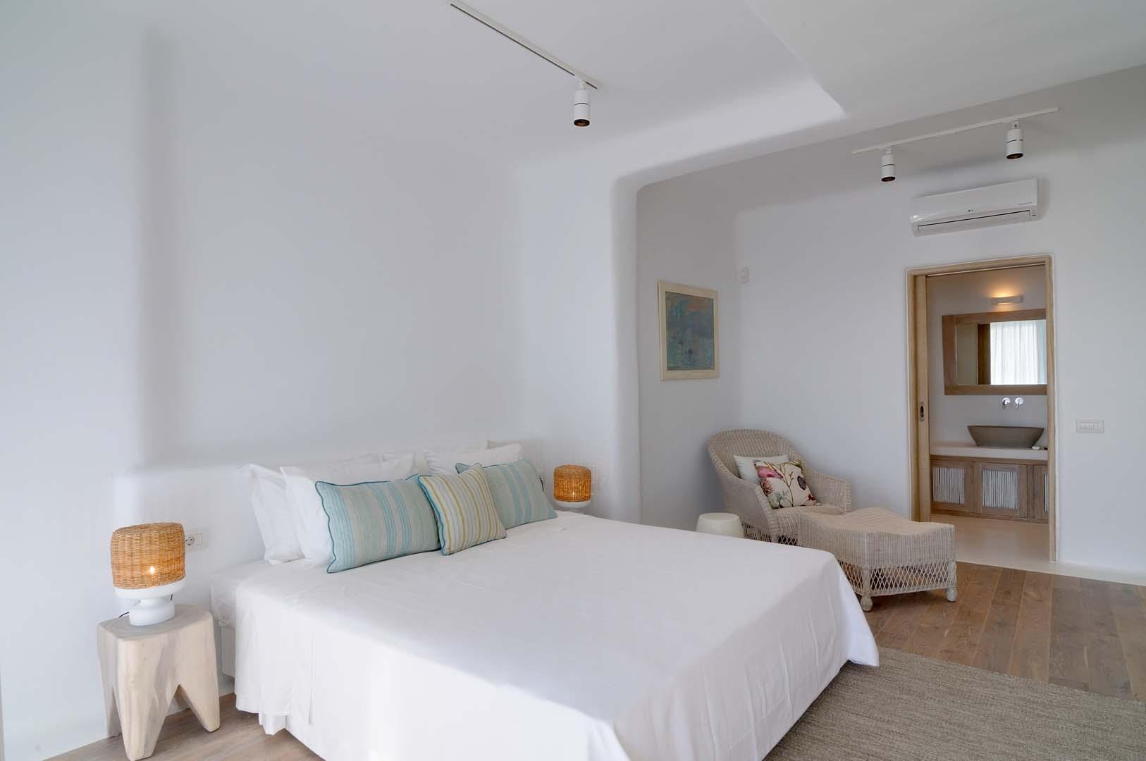 Luxury Villa Artemis 1 your escape bespoke travel (11)