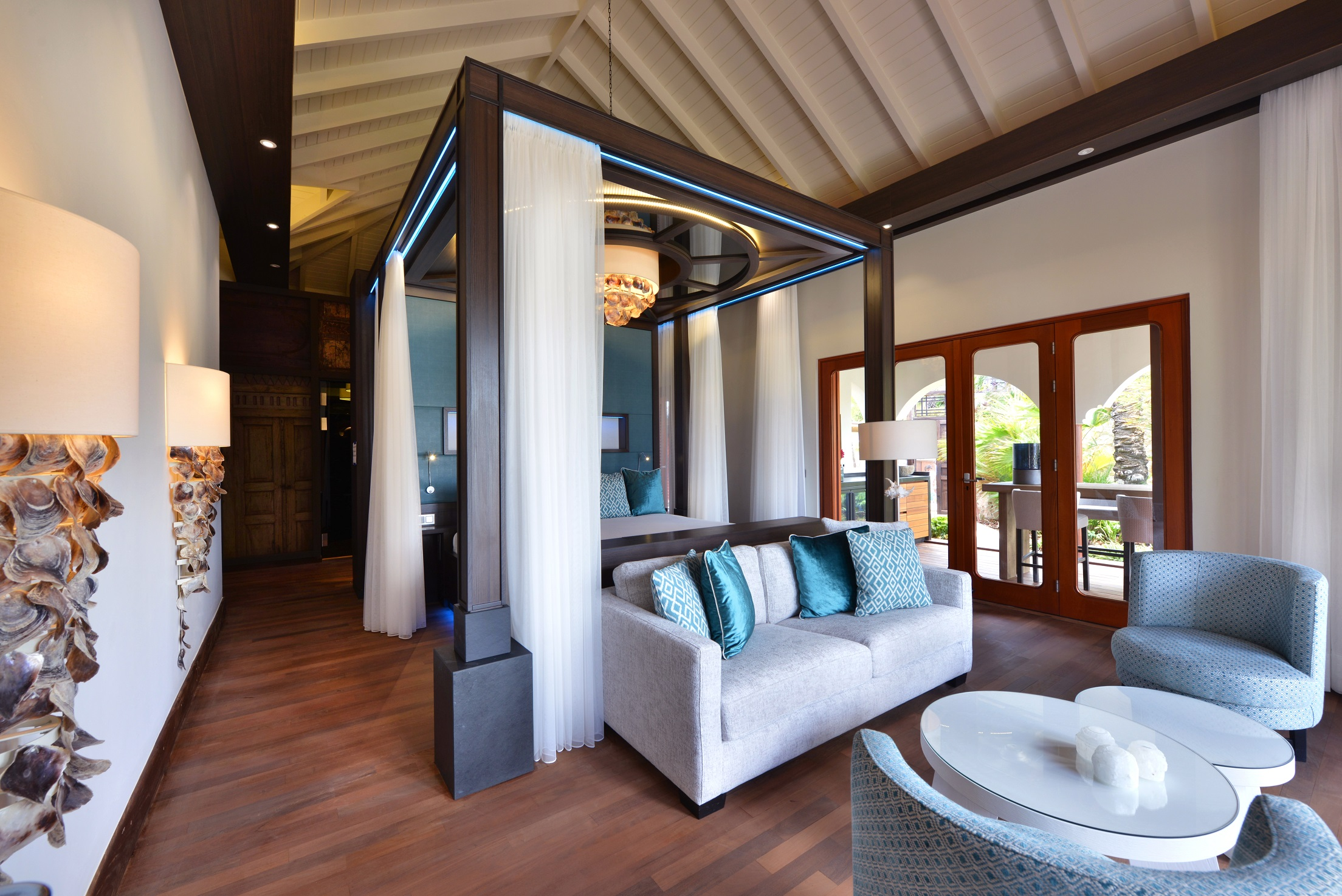 Superior Beachfront Pool Suite Bedroom.jpg