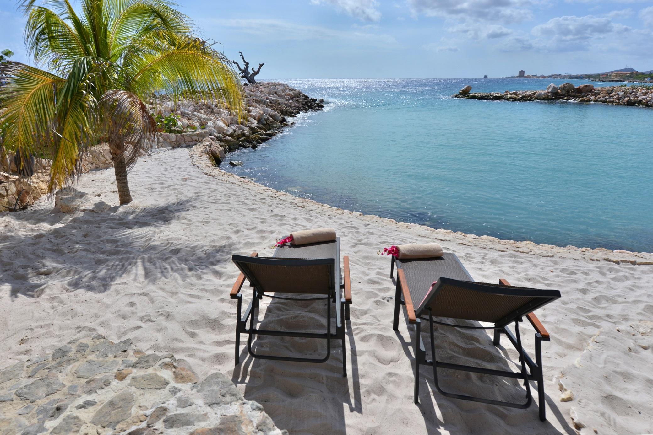 Superior Beachfront Pool Suite Private Beach.jpg
