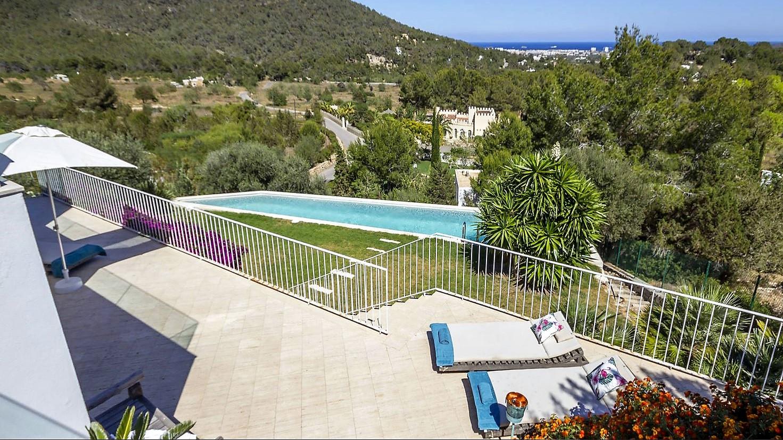 Villa Vista Ibiza your escape (1)