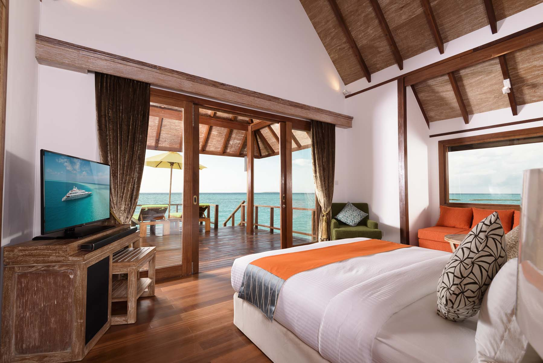 Dhigifaru Island Resort yourescape (31)