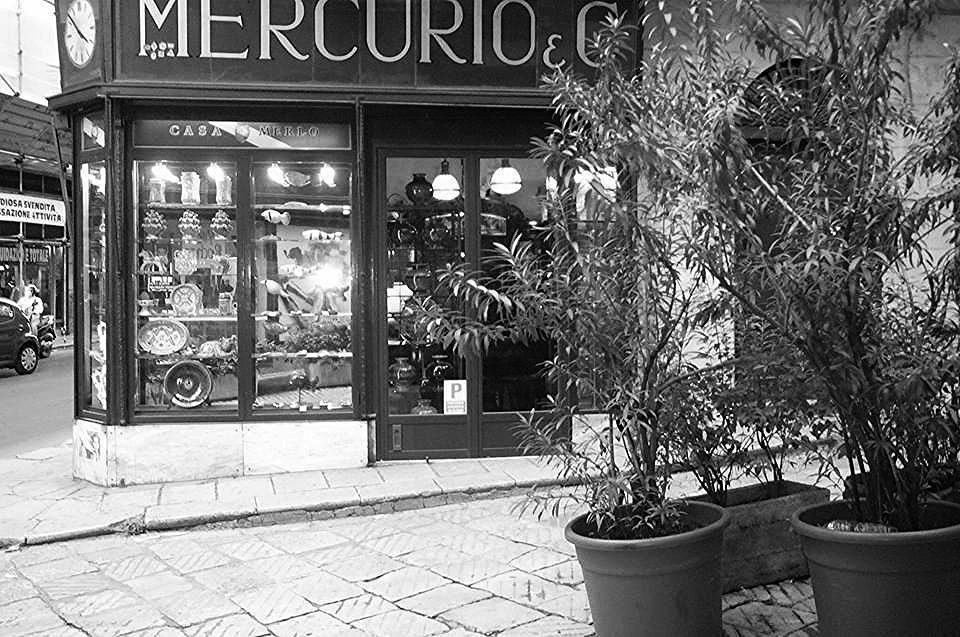 Mercurio vintage_edited.jpg
