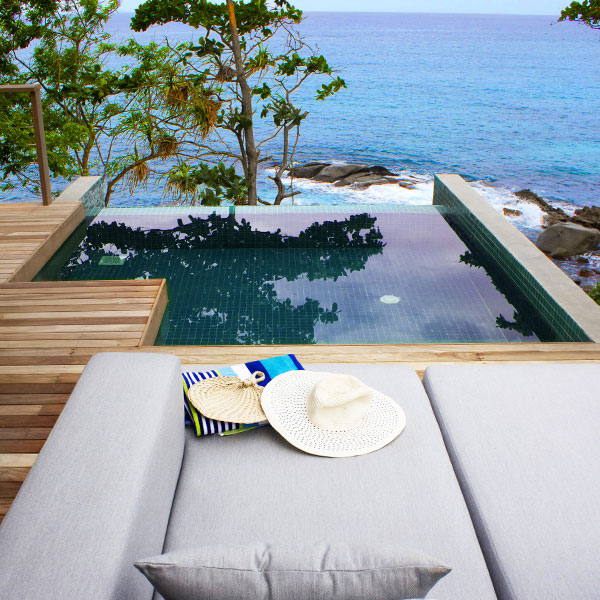 Carana Beach Plunge-Pool