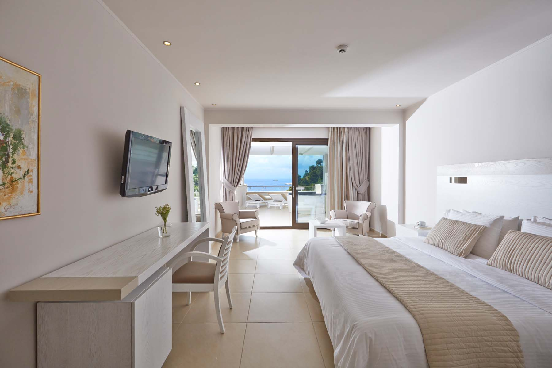 Kassandra Bay Suites Skiathos Your Escape (4)