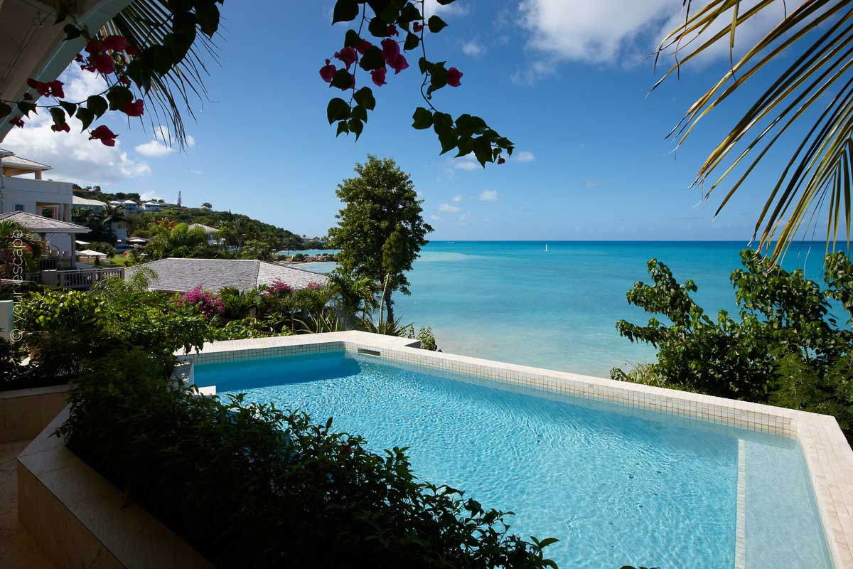 Blue Waters_Spa Pool-your escape