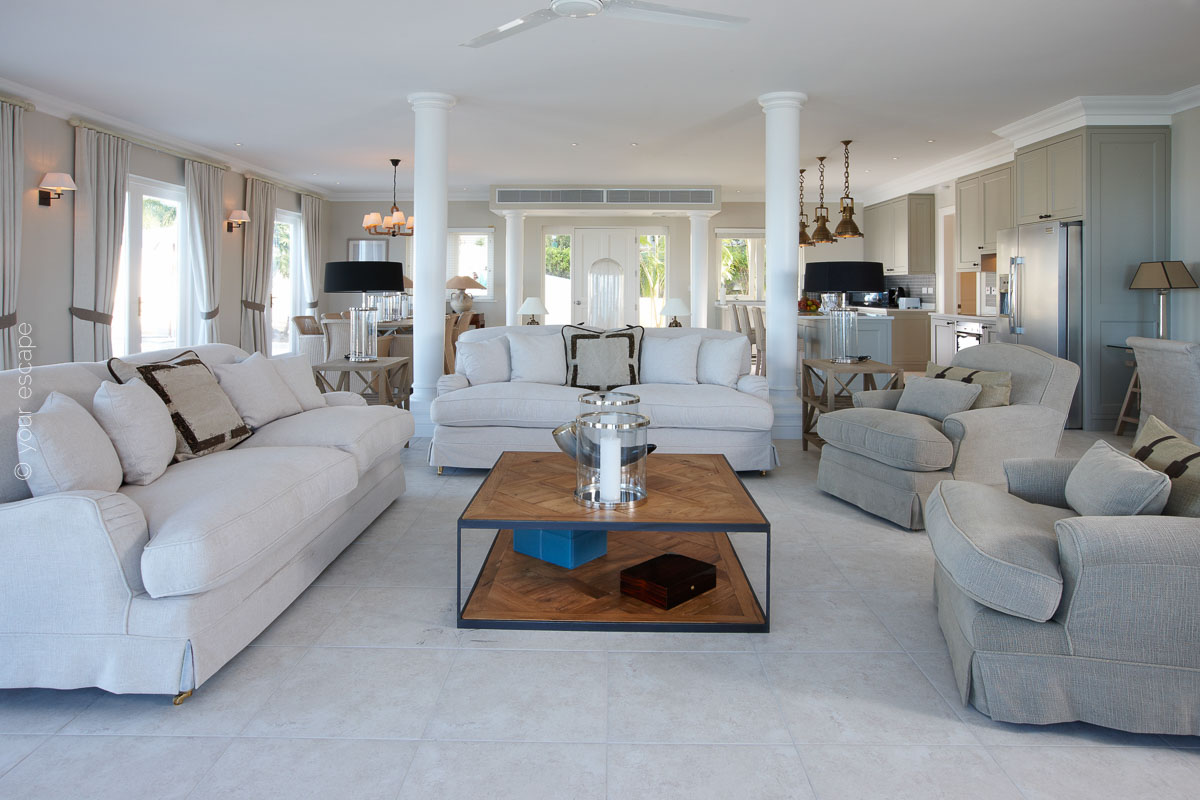 Blue Waters_Turtle Cottage Lounge-your escape