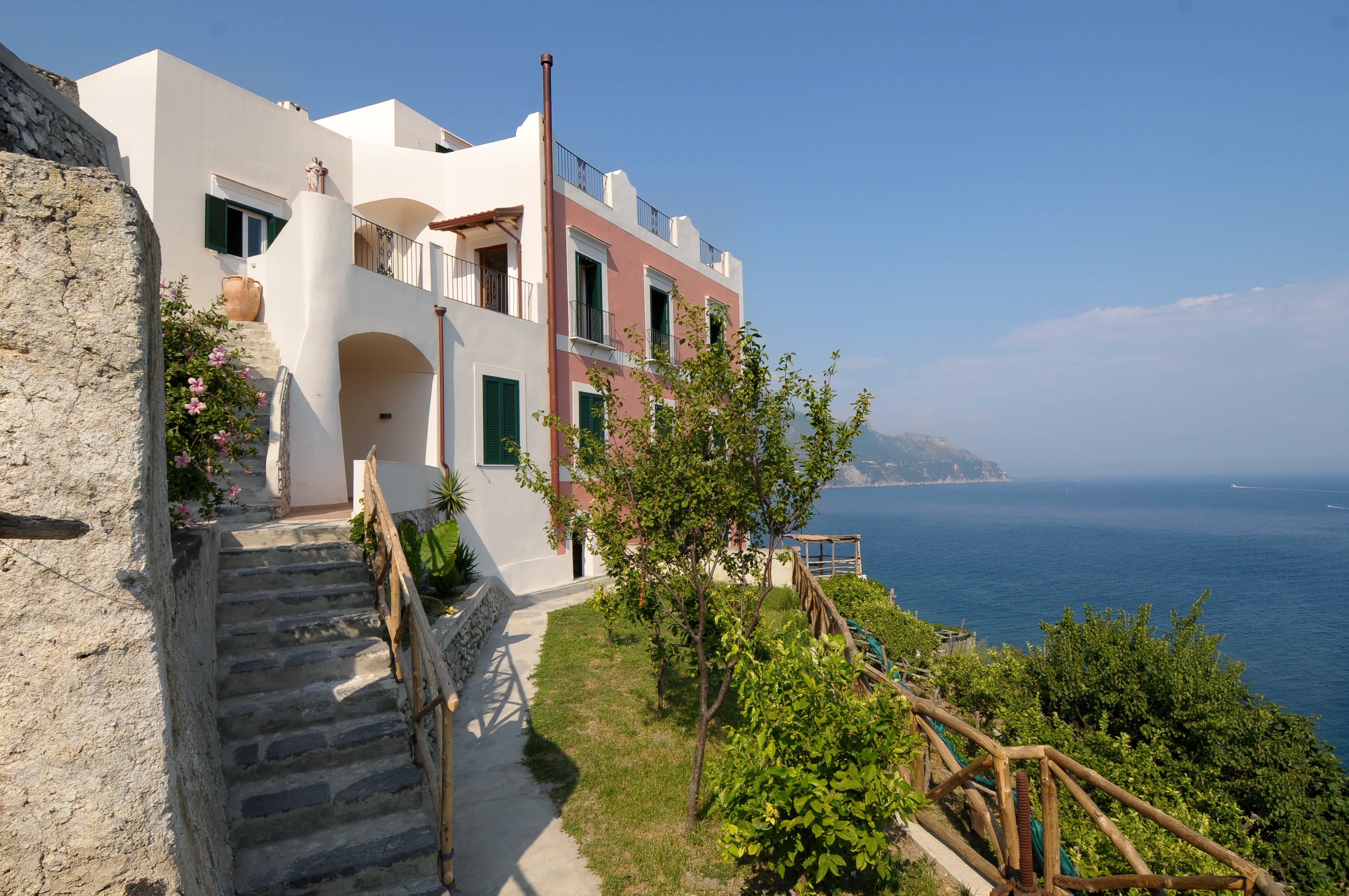 Villa Luna Amalfi_(12).jpg