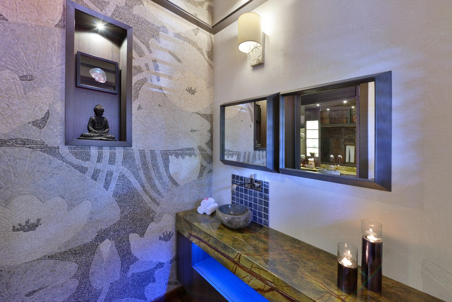 Superior Beachfront Pool Suite Bathroom.jpg