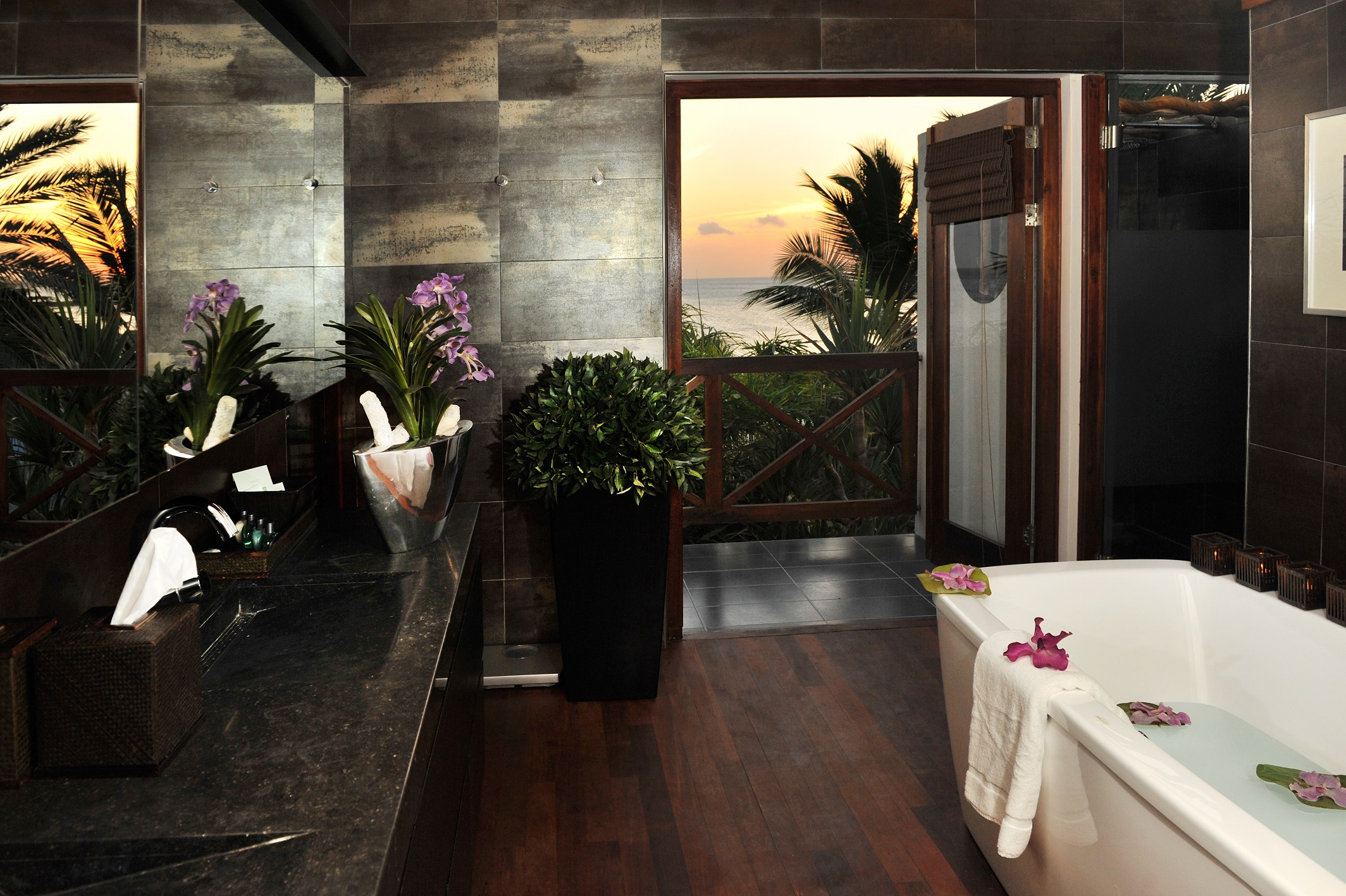 Mastervilla- Bathroom.jpg