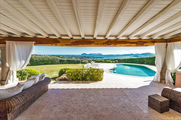 villa-infinity-in-sardinia-your-escape-t