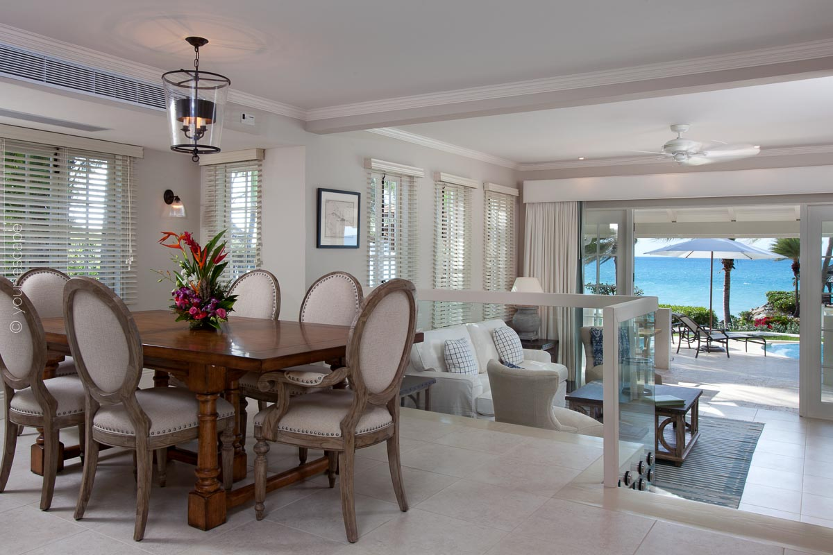 Blue Waters_Pelican_House_dining-your escape