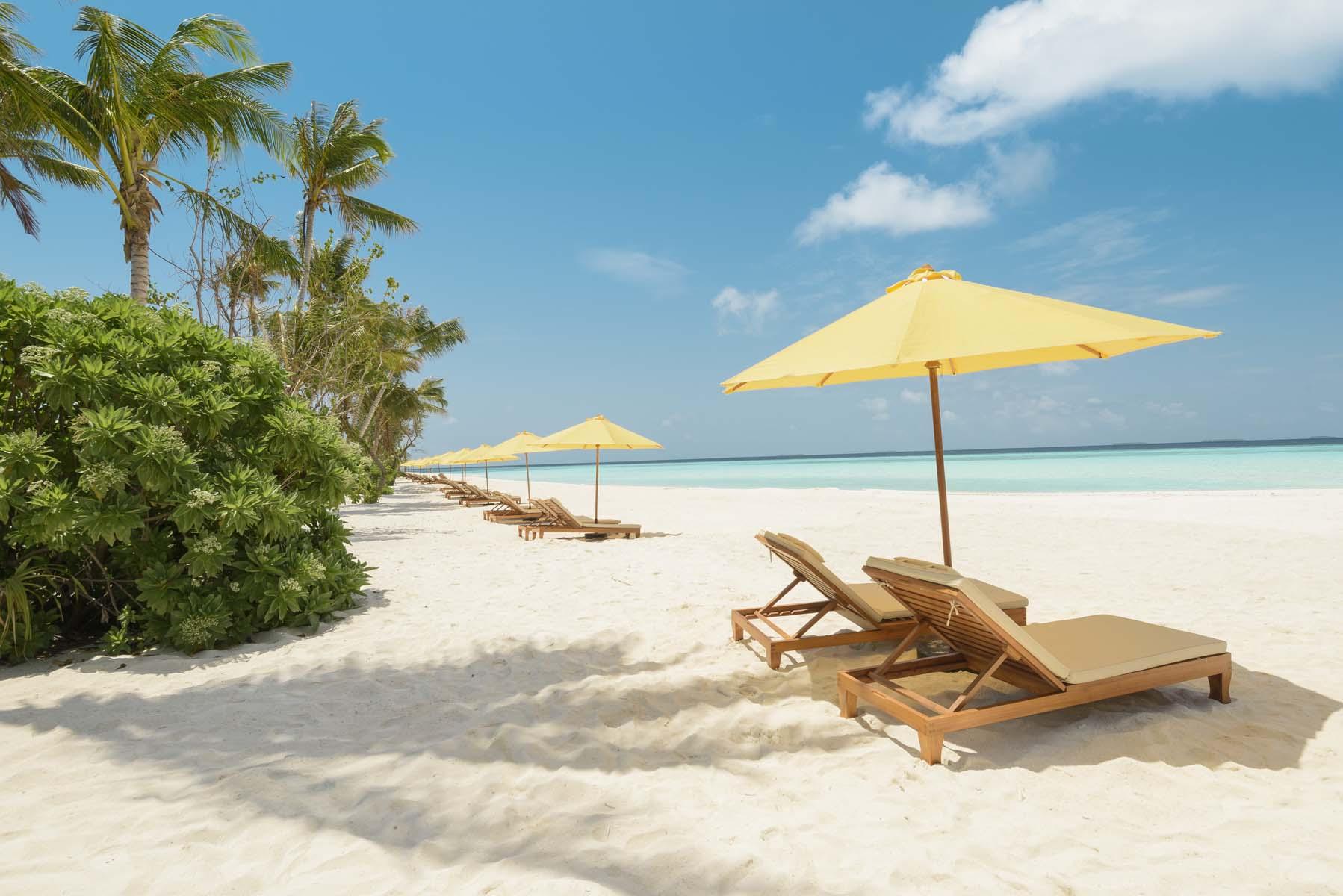 Dhigifaru Island Resort yourescape (16)