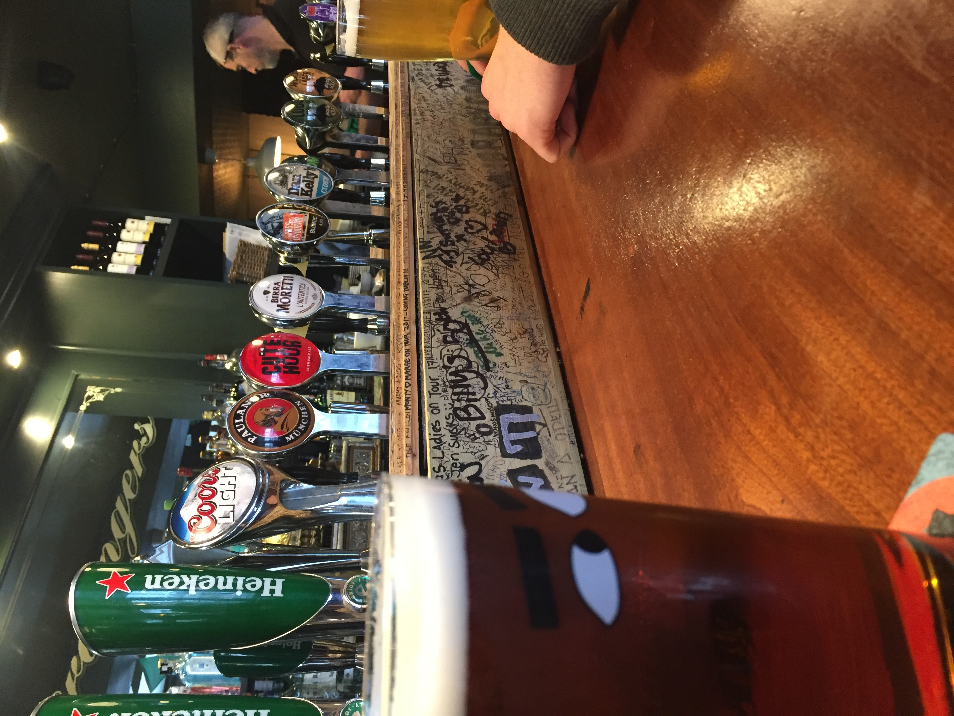 Bar Hopping in Ireland