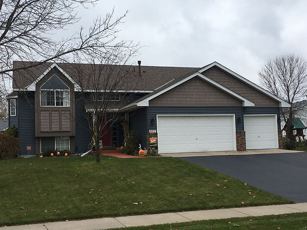 Roofing contractor in MN