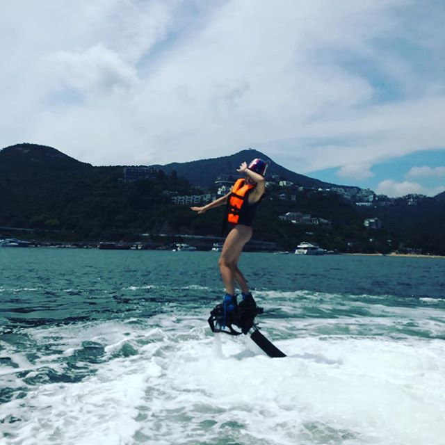 Flyboard experience for 1 hour