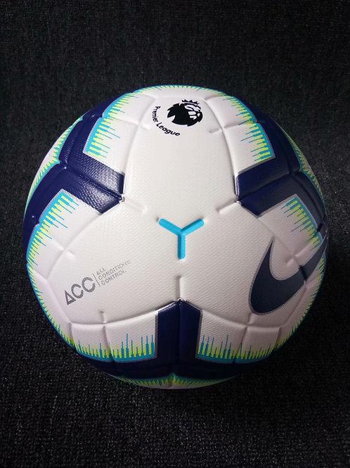 Футбольный мяч Найк