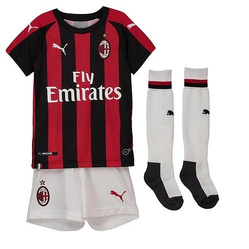 Детский комплект Милан сезон 18/19 форма домашняя