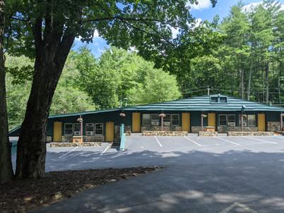 motel parking lot side (5).jpg