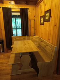 Snowshoe Kitchen Table