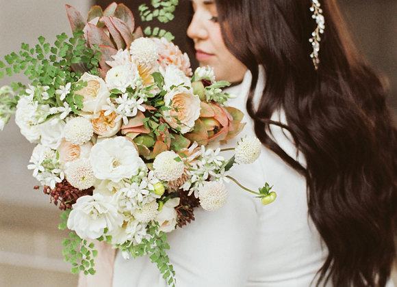 Le Medium Bridal Bouquet