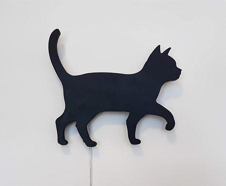 גוף תאורה חתול שחור