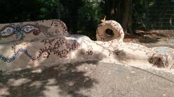 פסל סביבתי מעוטר