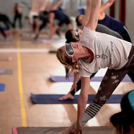 Aulas e Workshops Ghara Hot Yoga