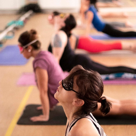 Aulas e Workshops Ghara Hot Yoga