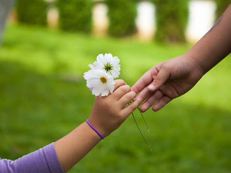 Giving and Receiving in Times of Uncertainty