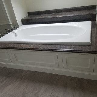 bathtub.jpg