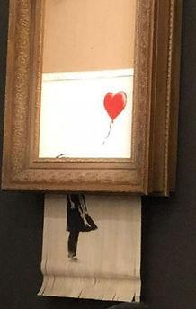 skynews-sothebys-banksy-balloon_4444699_