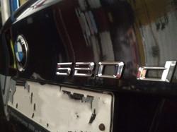 Установка шильдиков на BMW F10