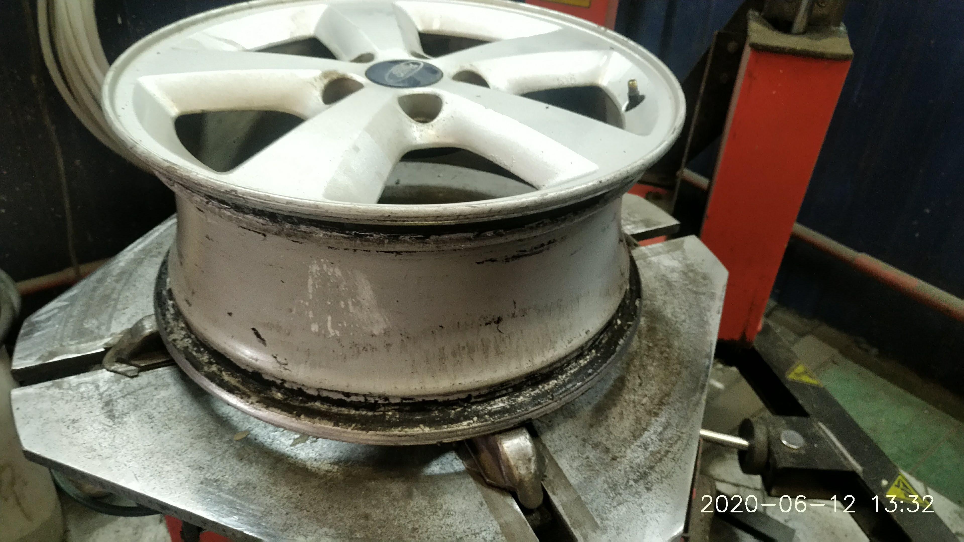 Чистка бортов и последующая герметизация