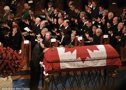 TrudeauFuneral photo©J.M.Carisse2000