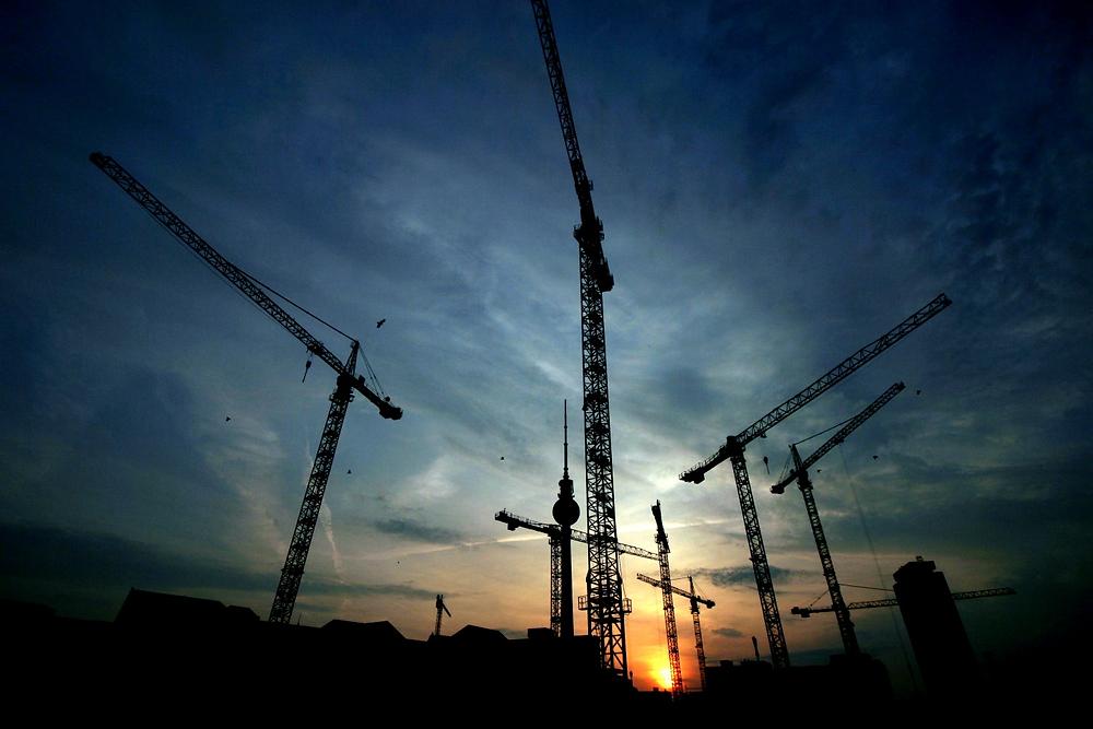 a crane in the night