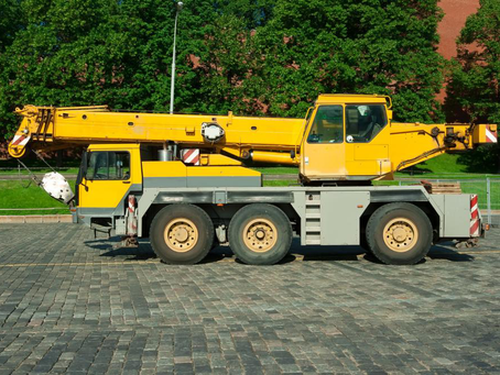 Make Your Telescopic Cranes Operations Safer Using the i4300 LMI