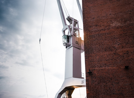 Smart Tips to Avoid Crane Overloading—and How a Crane LMI System can Help?