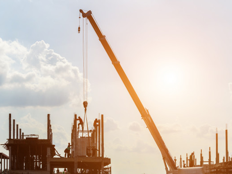 How Wind Impacts Crane Operations