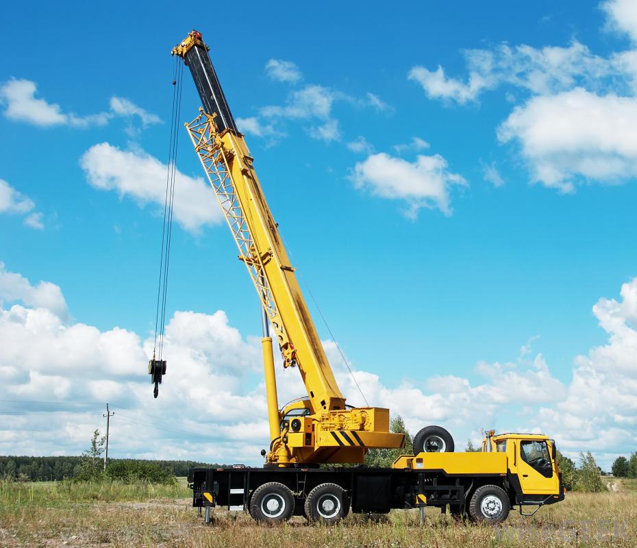 a mobile crane at a construction site