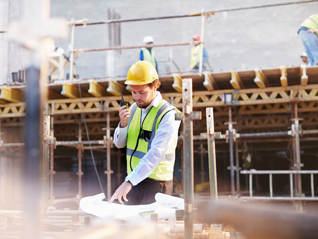 Using the VX-451 I.S. Portable Two-Way Radio for Effective Communication at Construction Sites