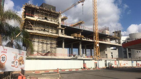 קרית יהלום- צילום החזית בבניה
