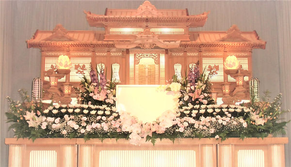 祭壇大25万明るく補正.jpg